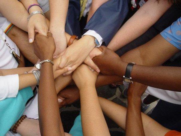 Jovénes que ayudan son elegidos como agente de cambio