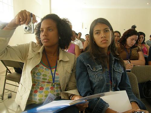 Investigación de la CEPAL y la OIJ sobre los jóvenes en Iberoamérica