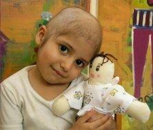 ONG de Argentina ayudan a niños con cáncer